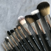 12 Piece Brush Set + Luxe Brush Wrap
