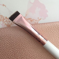 Rose Gold Flat Liner Brush